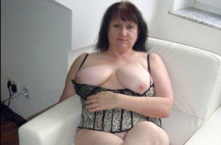 pissende girls, private amateur clips